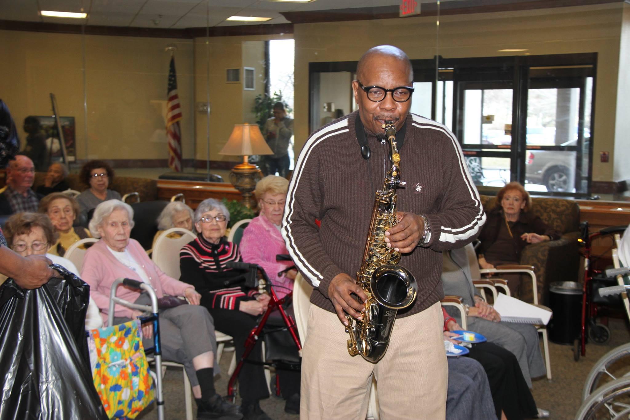 senior-listening-living